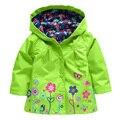 2017 Nuevos Niños de la Primavera Otoño Invierno Outwear Niñas Chaqueta Con Capucha Chaqueta Chaquetas y Abrigos de Los Niños de la Capa Impermeable 5 Color