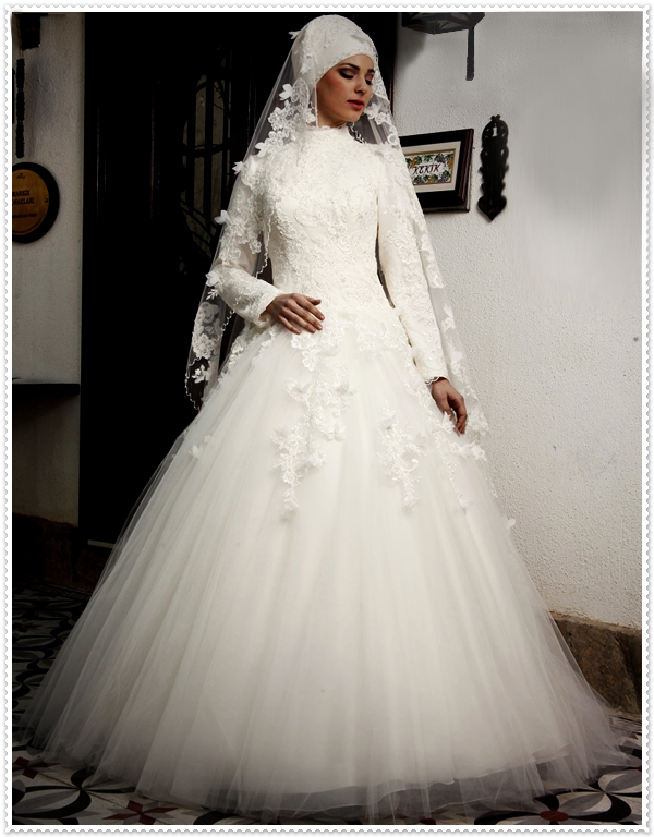 2016 new famous designer ball muslim wedding dresses lace applique high collar long robe de mariee