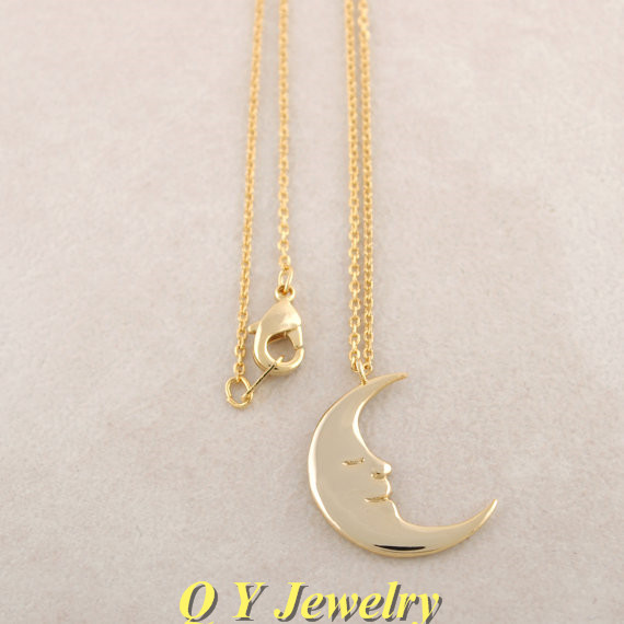 Hippie Chic Unique Crescent Moon Pendant Necklace Colar Boho Long Thin Necklaces Ladies Fashion Necklaces For Women 2016