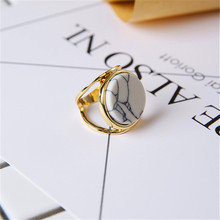 Fashionable and elegant lady ms exaggerated personality delicate white stone ring wholesale
