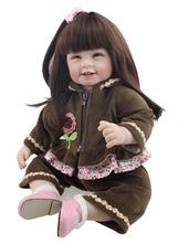Muñeca reborn de 50 cm con lazo rosa