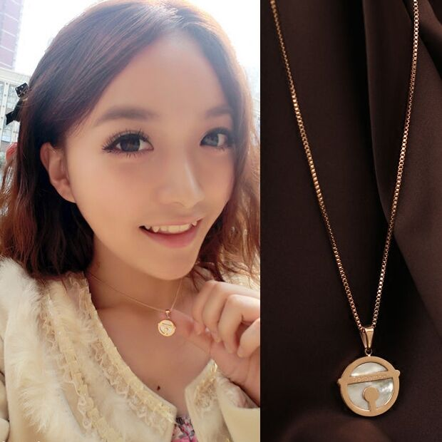 High Quality Rose Gold Color Stainless Cartoon Doraemon Women Pendant Necklace Fashion Cute Necklace for Girl Birthday Gift