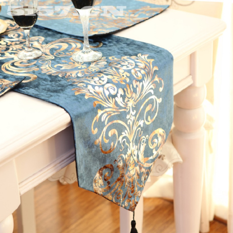 European Luxury Embroidered Table Flag Velvet Fabric Table Runner Tablecloth Embroidered Table Runners Table Flag Dinner Mats