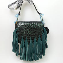 two sizes 2016 new serpentine fringed Tassel cow leather handbag European women's singles shoulder bag shell  semicircular A2520
