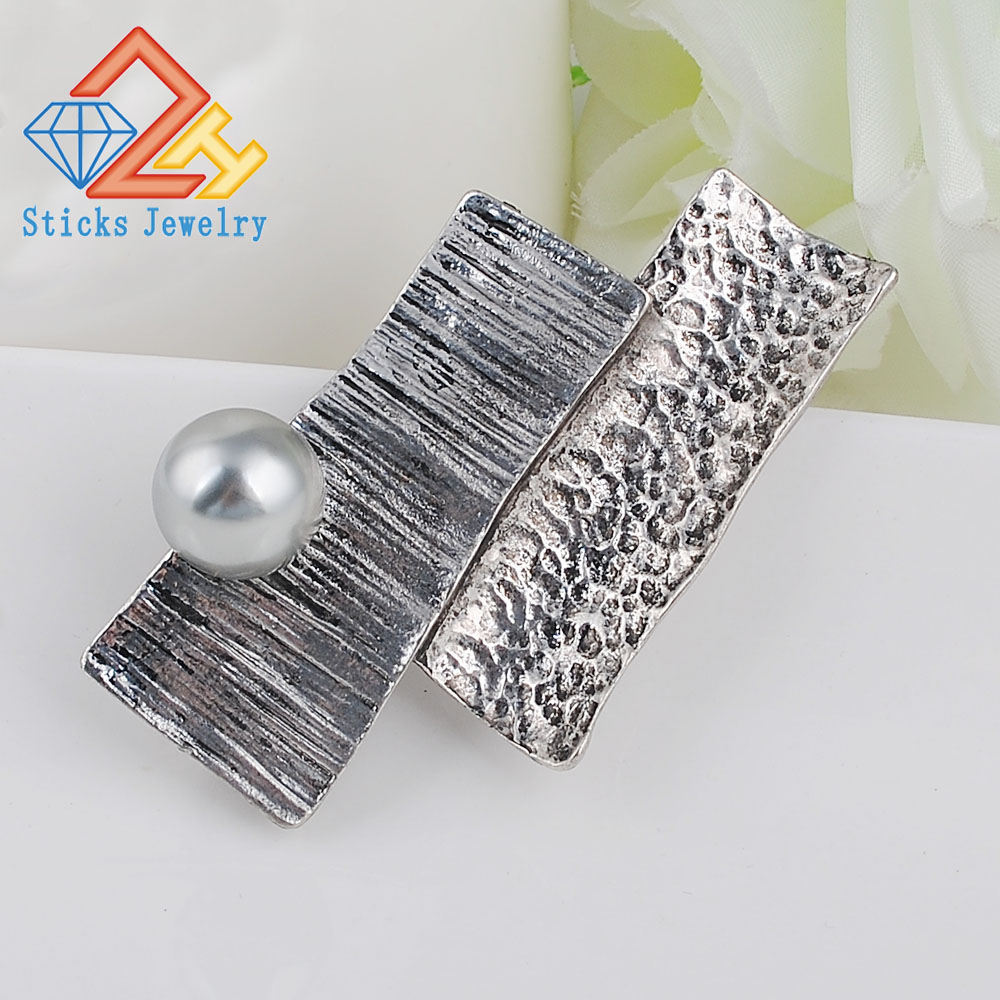 Brooches-00036 (80)