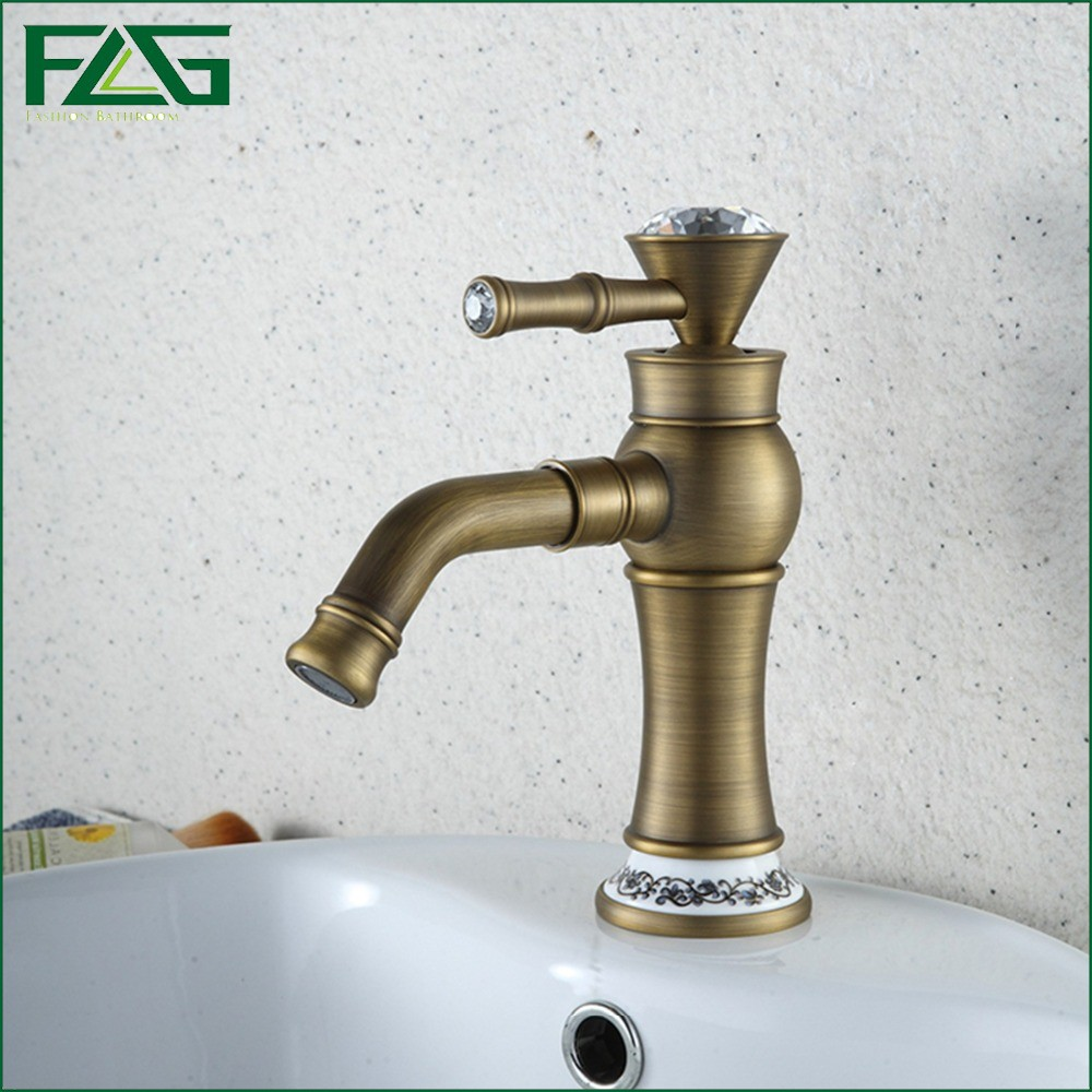ФОТО FLG Basin Faucet Crystal Bathroom Faucet handle Pineapple Cold&Hot White Painted Flower Porcelain Bagno Antique Faucet Taps M152