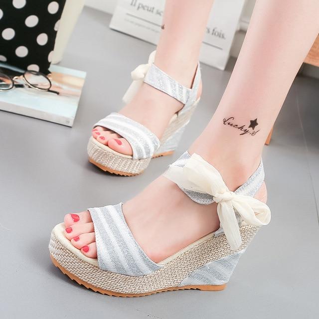 Kadın Sandalet Moda Kadın plaj ayakkabısı Kama Topuklu Ayakkabı Rahat platform ayakkabılar