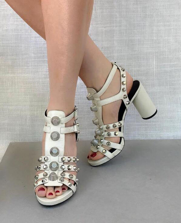 2018 Fashion Sandals Roma Style High Heel Golden Studs T-Straps Ladies Sexy Chunky Heel Dress Shoes Open Toe Women Party Shoes stylesowner rhinestone ankle strap high heel women sandals crystal beading tassel open toe chunky heel ladies dress party shoes