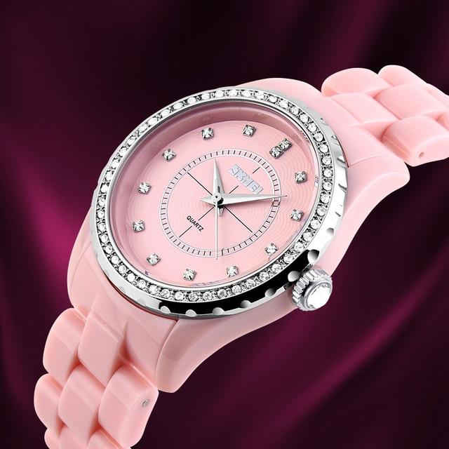 Zegarek damski SKMEI  ozdobna tarcza różne kolory