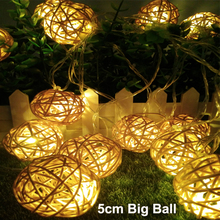 5M Length/20 Leds/5cm Big Rattan Balls – Warm White Fairy String Christmas Decoration