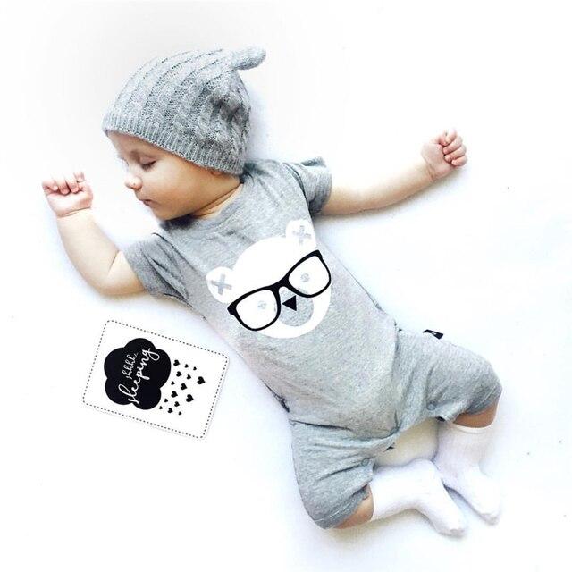 2017 мода Детская одежда ребенка ползунки серый с коротким рукавом мультфильм медведь комбинезон Комбинезон новорожденного мальчика девушка одежда