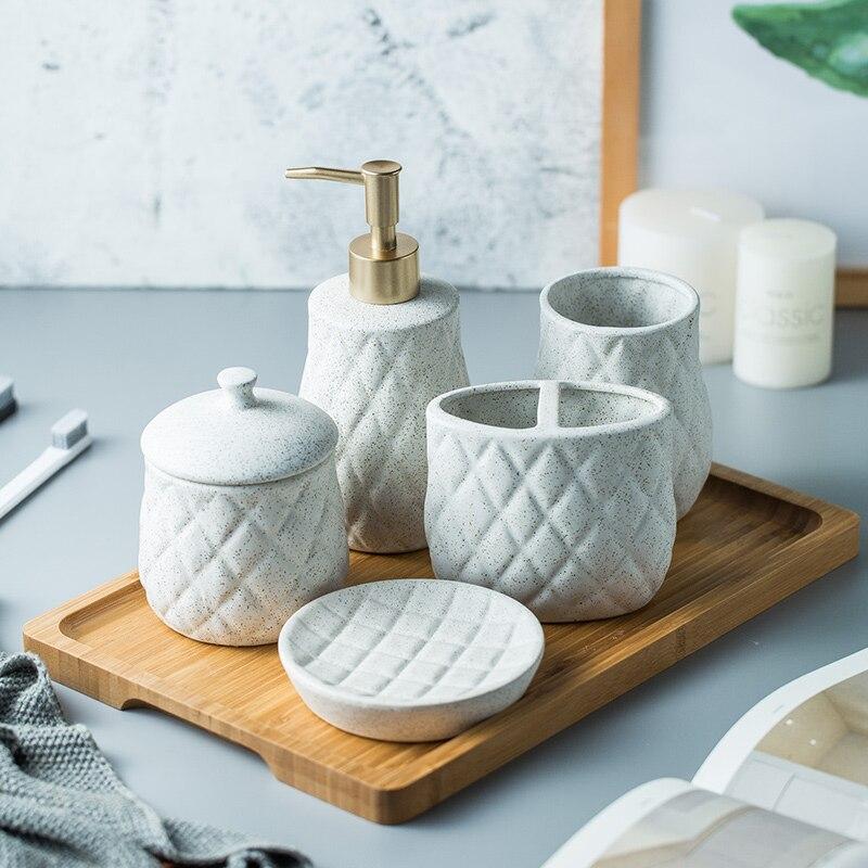 北欧クリエイティブセラミックバスアメニティ装飾サンプルルームシンプルな洗浄カップセット -
