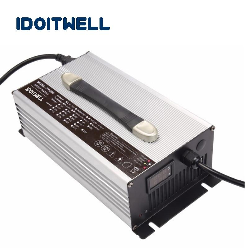 Chargeur Intelligent de LED de chargeur de Robot d'agv 48V 15A 48V 50AH lifepo4 chargeur de batterie pour le Robot d'agv avec la Protection de charge