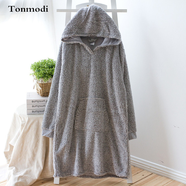 Women s nightgown Comfortable berber fleece thermal Nightgowns With Hat  Robe Women Lounge Gown 657593938