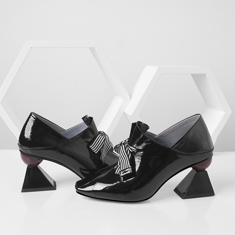 ISNOM Unusual High Heels Women Pumps Square Toe Butterfly Knot Footwear Patent Leather Ladies Shoes Fashion Mules Shoes Woman