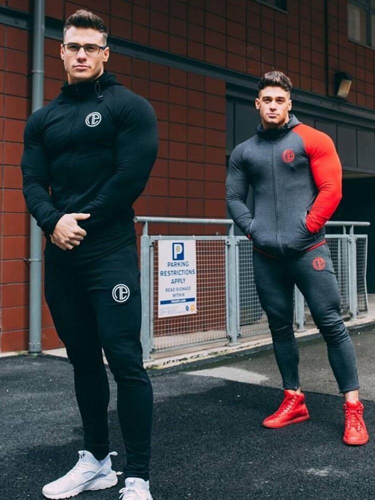 Automne Survêtement Gym Exécution Hommes Mis En vêtements De Sport Mens Top Fitness Bodybuilding Mâle Costume de Sport Hoodied + Pantalon Joggers Survêtement