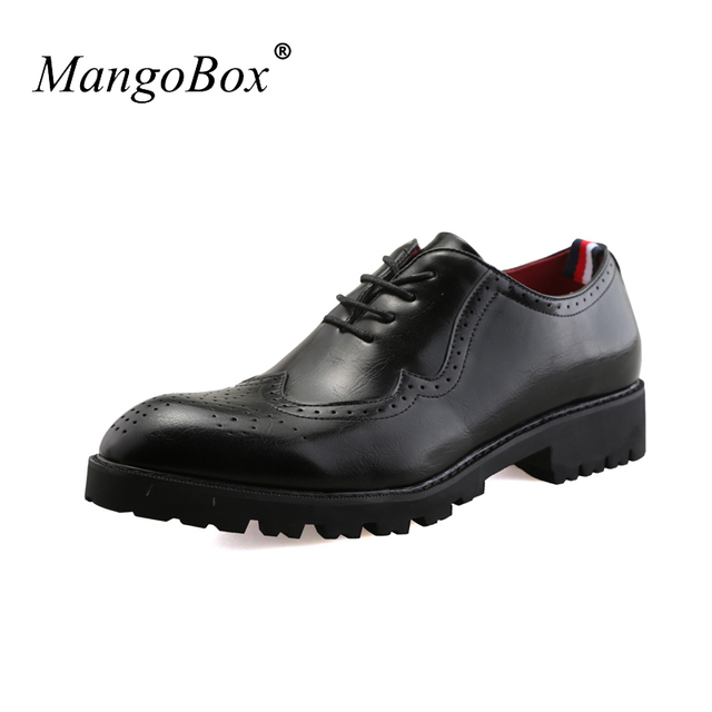 2018 Mans Wedding Sneakers Fashion Brogue Shoes Man Breathable Mens Formal Pointed Toe For