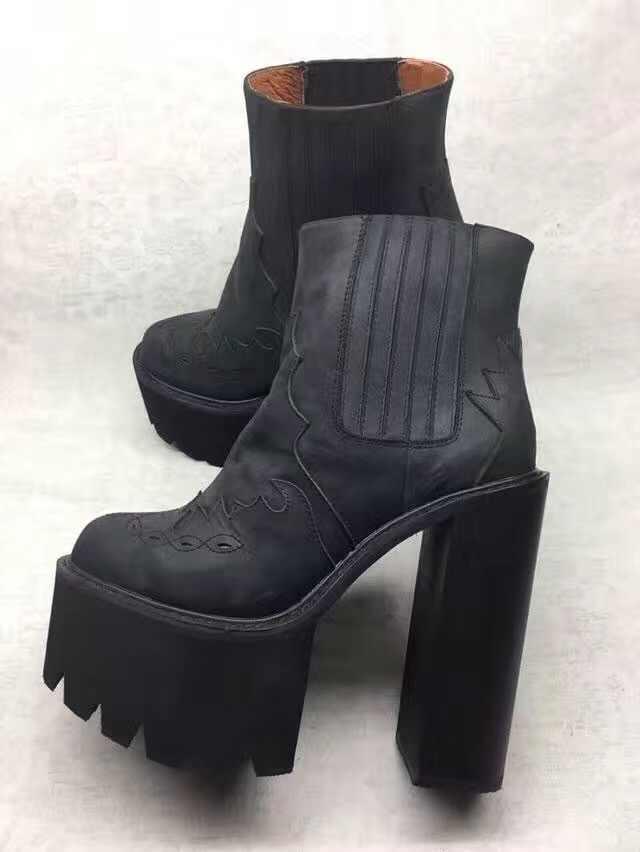 Kadın Siyah Deri yarım çizmeler Platformu Kış Kısa Patik Tasarım Kare Topuklu Motosiklet Çizme Ayakkabı Kadın Bottine Femme