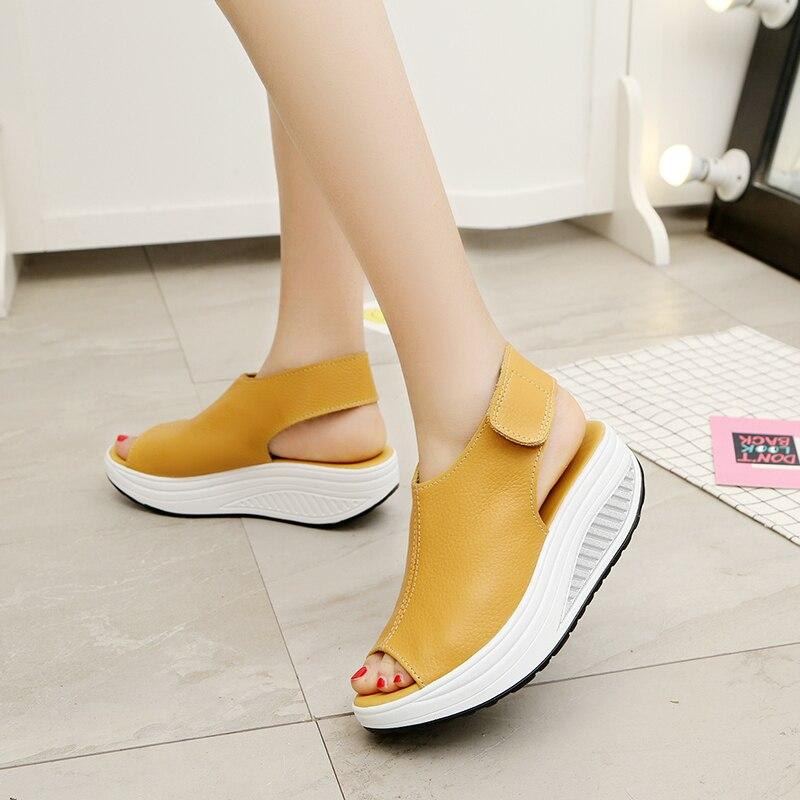 5 Arten Sommer Frauen Sandalen Plattform Keile Sandalen Leder Schaukel Peep Toe Casual Schuhe Frauen Spaziergang Schuhe Wohnungen Größe 35 -43