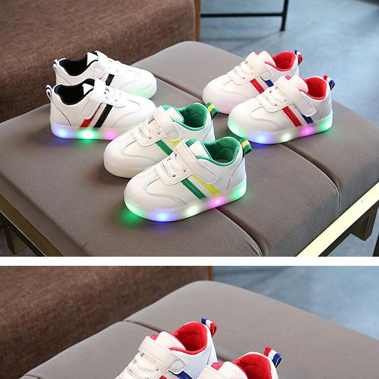 children-glowing-sneakers-1_01