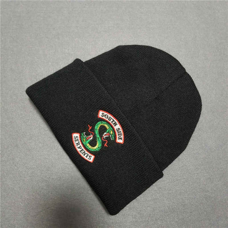 Riverdale Cosplay Archie Betty Veronica  COSPALY Hat Beanie Cap Winter Knitted Embroidery cosplay hat
