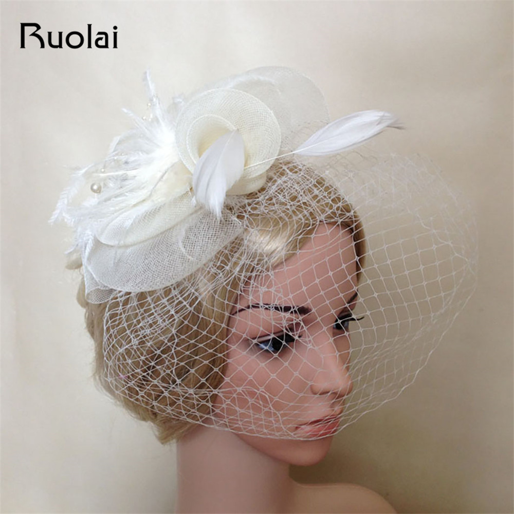 2016 mesés európai stílus női fél használata esküvői fátyol toll kemény fonal Női fejfedők esküvői kiegészítők menyasszonyi kalapok FH8
