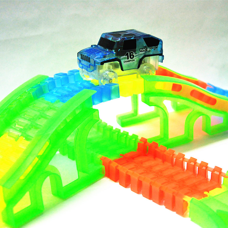 New-Glowing-car-racing-Track-Glow-in-dark-toys-CrossingTunnelArch-Bridge-Car-set-Bend-Flex-Cars-toy-for-children-brinquedos-1