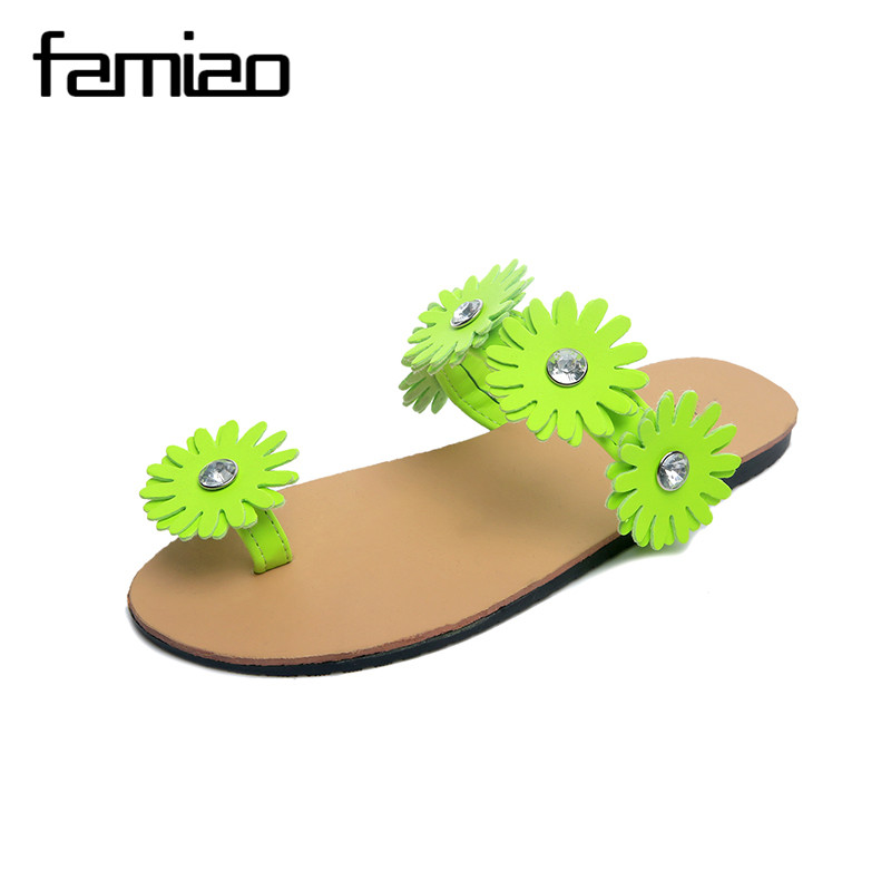 FAMIAO 2017 New Summer Slippers Women Fashion Flip Flops Beach  Sandals Ladies Handmade Flowers  Jelly Shoes 2016 new color crystal jelly women sandals female women flip flops women slippers beach sandals