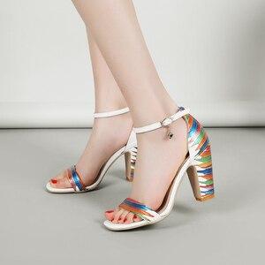 Image 5 - MORAZORA 2020 ใหม่มาถึงรองเท้าแฟชั่นผู้หญิงหนารองเท้าส้นสูงผู้หญิงรองเท้าแตะผู้หญิงฤดูร้อนงานแต่งงานรองเท้า