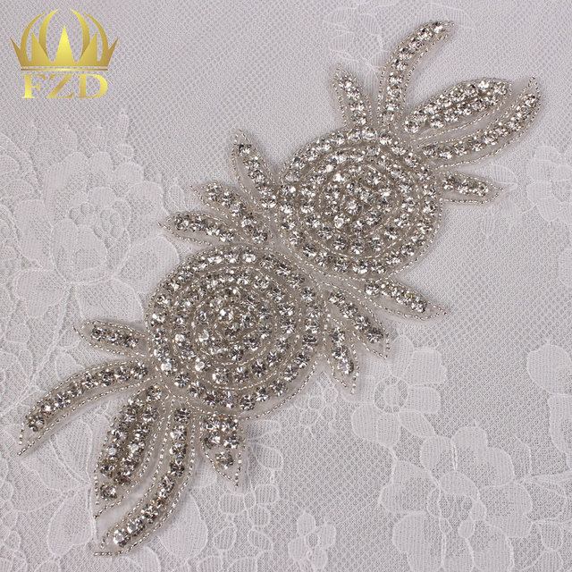 (30pieces) Wholesale Handmade Hot Fix Fashion Sewing Clear Beaded Crystal  Glass Rhinestone Applique for Bridal Sash Wristbands f28e252f7f67