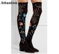 Attantou Женские Сапоги выше колена сапоги гладиаторы с вышивкой Бабочки Обувь облегающие высокие гладиаторские пинетки Звезда Луна длинные