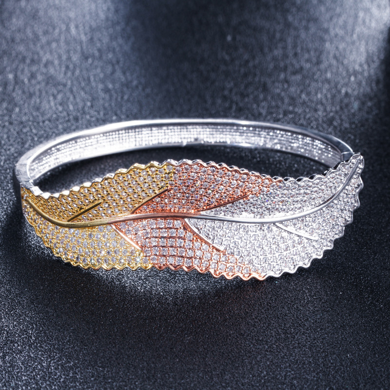 CWWZircons 3 Tones Silver and Rose Gold Color Leaf Shape Big Micro Pave Cubic Zirconia Luxury Open Cuff Bangle for Women BG016 HTB1jfQZgMHqK1RjSZFgq6y7JXXaS