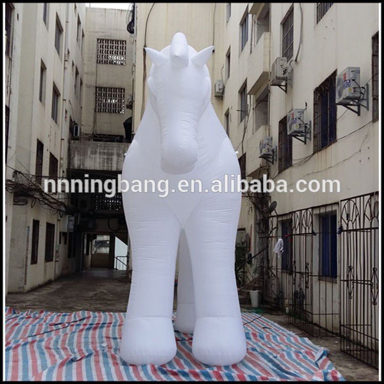 inflatable horse-4