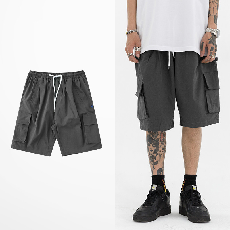 Ins Hot Sale Multi Pockets Beach Shorts Men Tide Brand Summer Leisure Cargo Short Pants Skateboard Hip Hop High Street Short Men