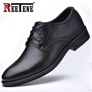 Image 2 - Reetene新しい男性の革靴ビジネスメンズドレスシューズファッションカジュアル結婚式の靴快適な指摘色の男性の靴