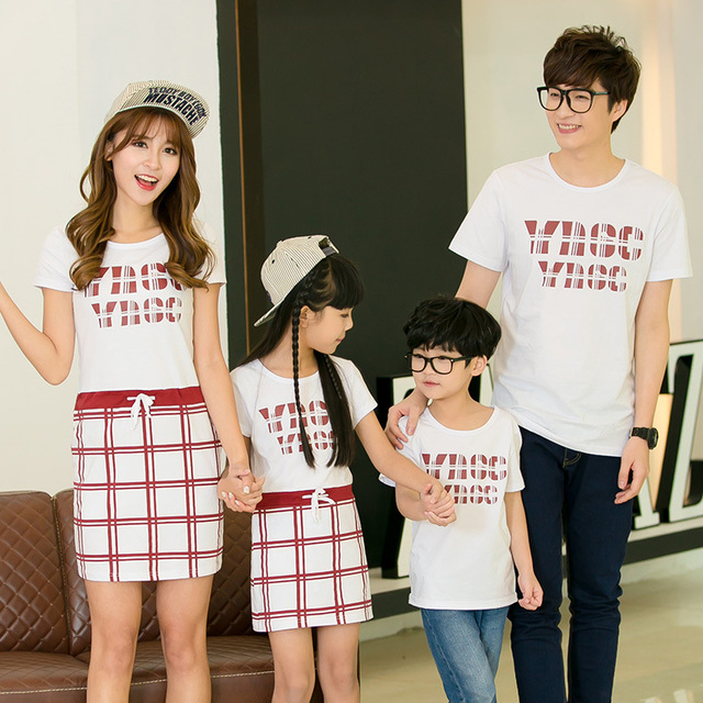 2016 family matching clothes mother daughter dresses father and son clothes outfits t-shirts family look mom and daughter dress