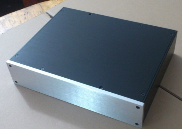 QUEENWAY 3207 silver full Aluminum Preamplifier enclosure/amplifier chassis AMP box 320mm*70mm*248mm 320*70*248mm 4308 rounded chassis full aluminum enclosure power amplifier box preamplifier chassis