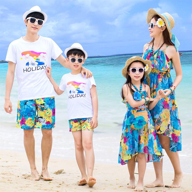 b5e9316def Family matching clothes father mother daughter son mom mommy and me clothes  beach dress tshirts pants couple family look wear