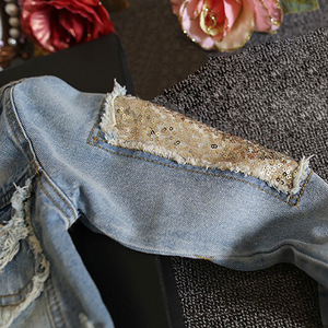 Image 3 - Yeni bebek uzun kollu Denim ceket bahar sonbahar payetli delik bebek günlük kıyafetler geri baskılı moda çocuk Denim ceket