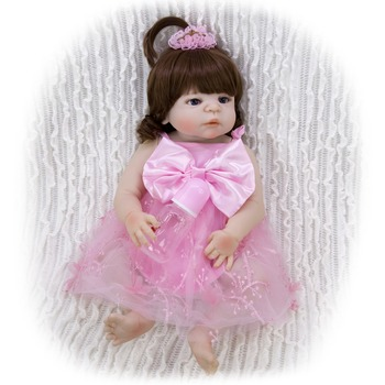 beautiful Reborn girl doll 55 cm silicone reborn baby alive curls girl doll with pinkPink princess dress bebes reborn bath toy