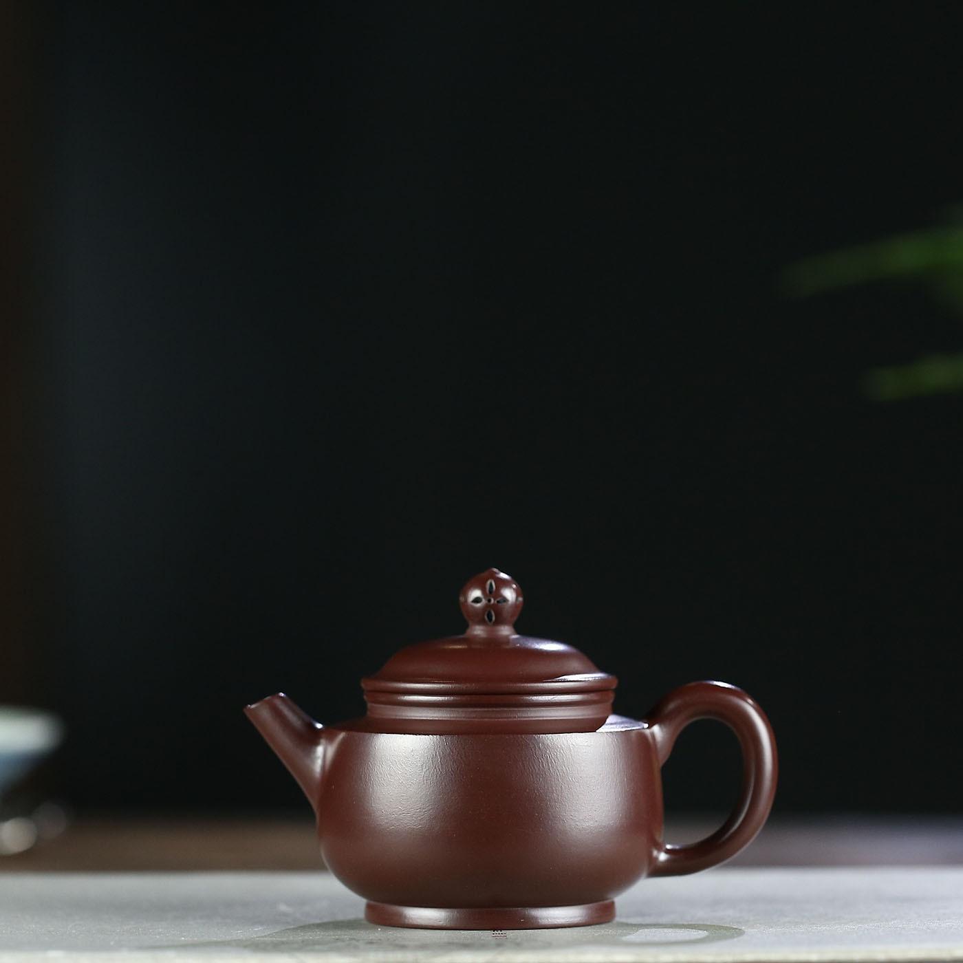 Yixing Dark red Enameled Pottery Teapot Famous Full Manual Raw Ore Purple Zhu Gu Gu Lotus