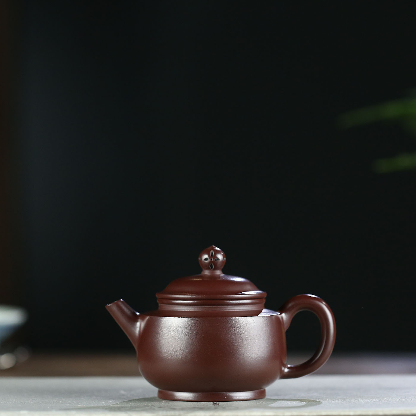 Yixing Bule de Cerâmica Esmaltada vermelho-Escuro Famosa Gu Gu Zhu Minério Bruto Roxo Lótus Manual Completo Chaleira Kungfu Online bule de Chá Conjunto