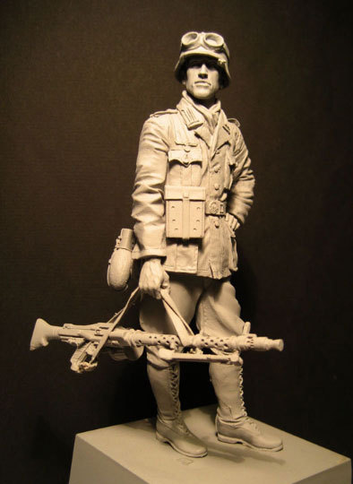 Free Shipping 1/16 Scale 120mm Unpainted Resin Figure WWII German Soldier in Africa