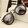 4 Cores Retro Rodada Mulheres Óculos De Sol Da Marca Óculos Espelhado Óculos de Sol das Mulheres do Sexo Feminino Feminino