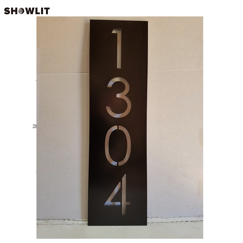 HOUSE NUMBERS VERTICAL MODERN ADDRESS PLAQUE BRUSHED METAL SIZE OPTIONS CUSTOM MADEHOUSE NUMBERS VERTICAL MODERN ADDRESS PLAQUE BRUSHED METAL SIZE OPTIONS CUSTOM MADE
