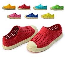 O pour U Coqui Origine Jefferson Enfants Mules Sabots Enfants D'été jardin Chaussures Fille Garçon Chaussures de Plage De Couleur de Sucrerie Trou Chaussures Jouet