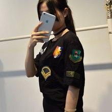 Европейский Модальные футболка летние черные Для женщин футболки с круглым вырезом значок эполет футболки