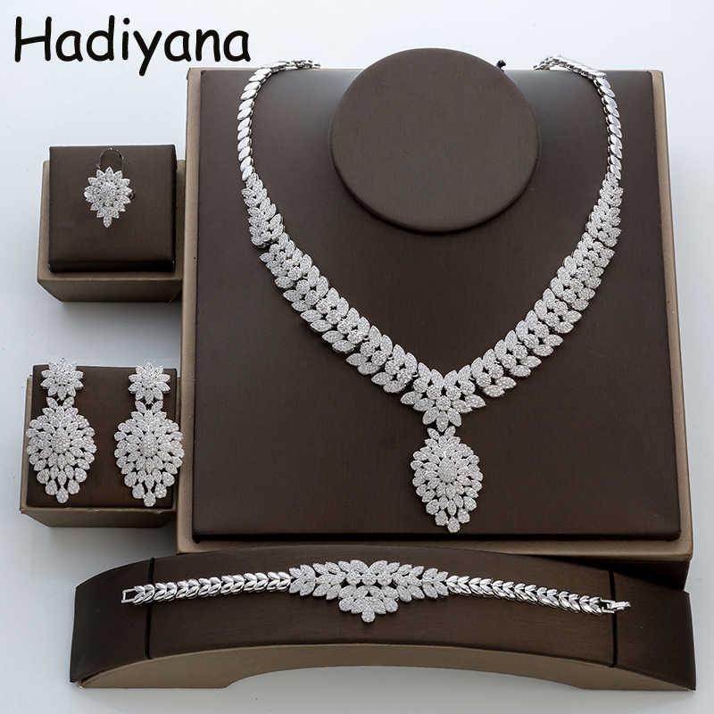 Hadiyana Jewelry Sets Fashion Sparkling Finding 4pcs Sets Bijoux Necklace Set For Women TZ8018 Zircon Wedding Jewelry Sets