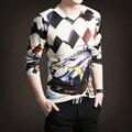Outono e inverno nova malha longo-sleeved camisa base de homens e Coreia Do Sul de algodão Fino Com Decote Em V personalidade juventude
