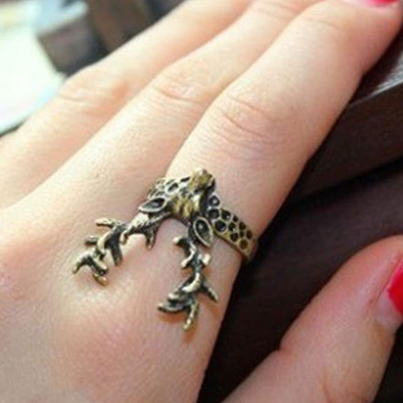 Vintage Retro Gothic Punk Style Ladies Bronze Sika Deer Finger Ring Jewelry